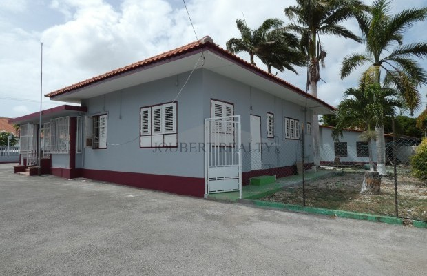 Photo #2 Residential Property For Rent in Cas Cora, Cas Cora